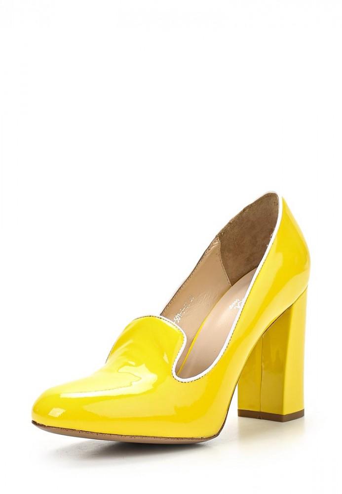 Желтые туфли на каблуке