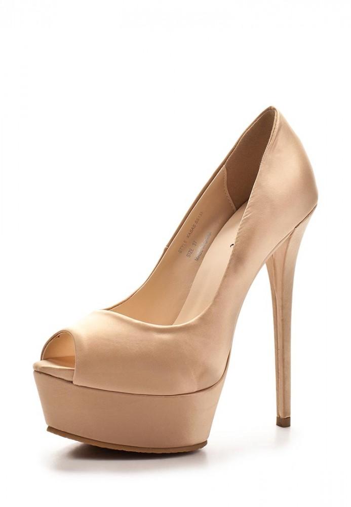 Туфли на каблуке бежевые, фото