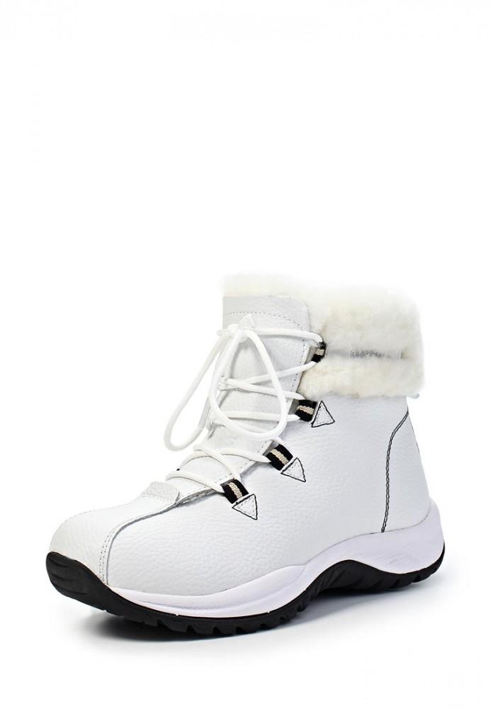 Белые зимние ботинки