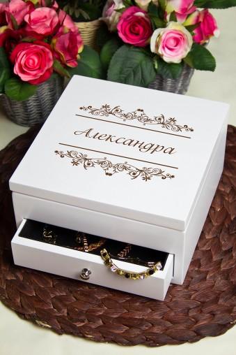 """Шкатулки для украшений Шкатулка для ювелирных украшений с вашим текстом """"Винтажный комод"""""""