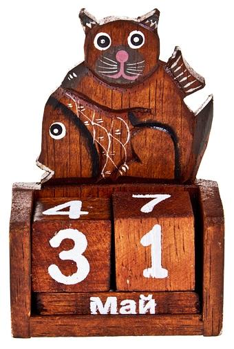 """Сувениры для мужчин Красный куб Календарь настольный """"Кот с рыбкой"""""""