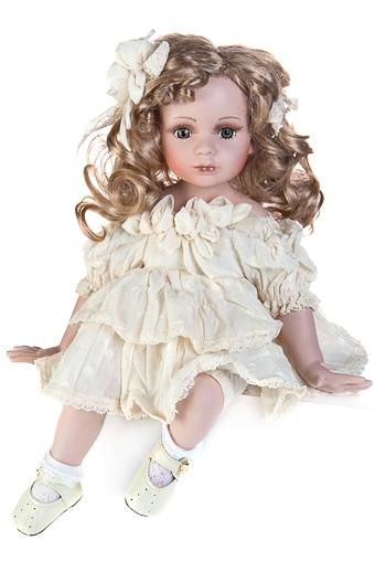 """Фарфоровые куклы Красный куб Кукла """"Малышка с локонами"""""""