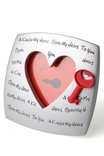 """Пластиковые фоторамки Красный куб Рамка для фото """"Ключ от сердца"""""""