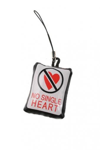 """Ангелочки и дьяволята Красный куб Украшение для мобильного телефона """"Нет! одиноким сердцам"""""""