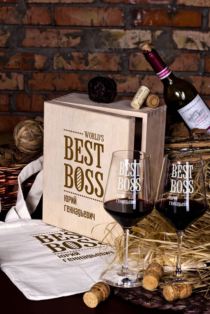 """Подарки для мужчин Красный куб Набор бокалов подарочный с вашим текстом """"Best Boss"""""""