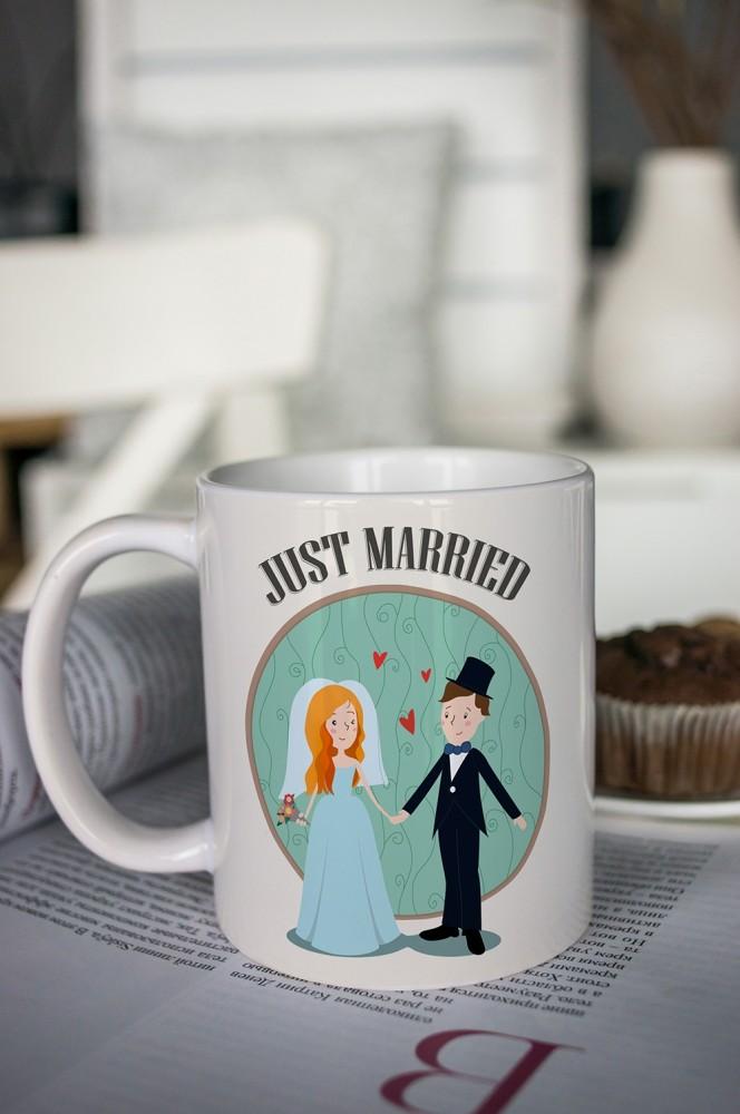 """Кружки и бокалы Красный куб Кружка с вашим текстом """"Just Married"""""""
