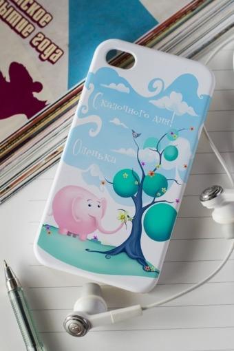 """Подарки детям Красный куб Чехол для iphone 4/4S с вашим текстом """"Слон и подарки"""""""