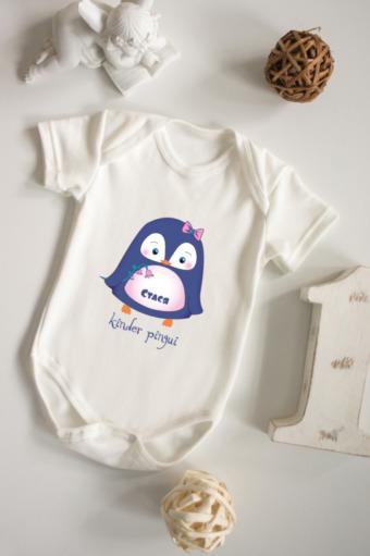 """Персональные подарки с Вашим именем Красный куб Боди для малыша с вашим текстом """"Малышка пингвин"""""""