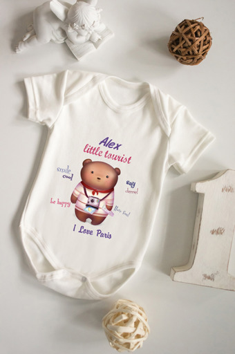 """Подарки детям Красный куб Боди для малыша с вашим текстом """"Путешественник"""""""