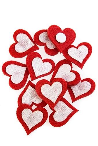 """Сувениры на липучке Красный куб Набор сувениров """"Переливающиеся сердечки"""""""