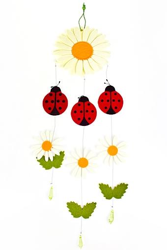 """Декоративные гирлянды и подвески Красный куб Гирлянда декоративная """"Ромашка и божьи коровки"""""""