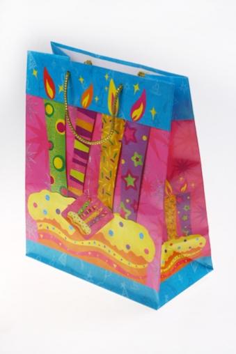 """Пакеты «С Днем рождения» Красный куб Пакет подарочный """"Тортик со свечами"""""""