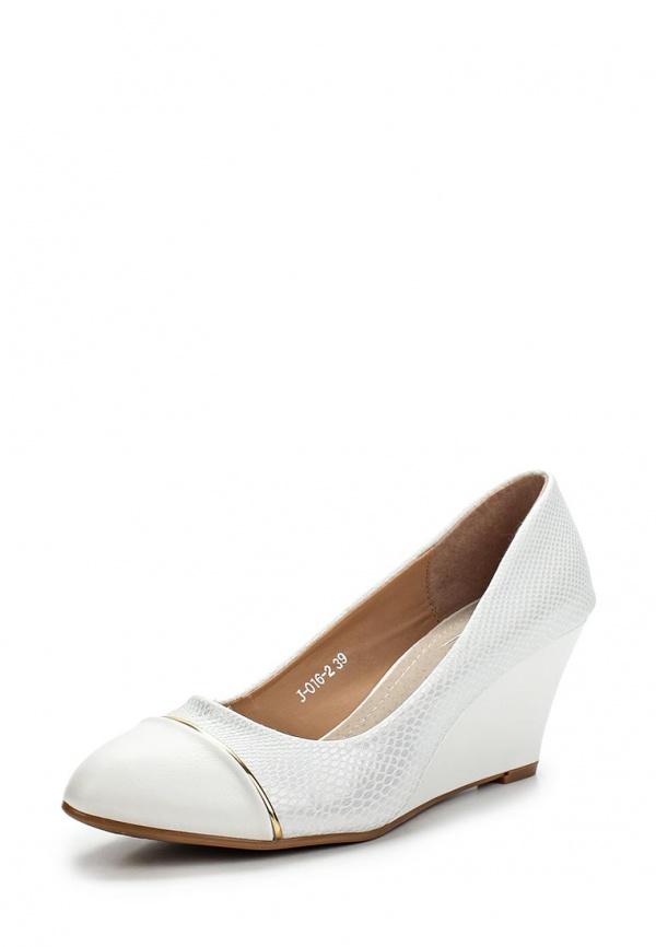 Туфли Vivian Royal J-016-2 белые
