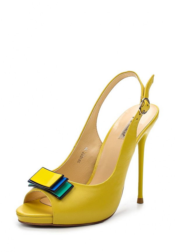 Босоножки Vitacci 591027 жёлтые