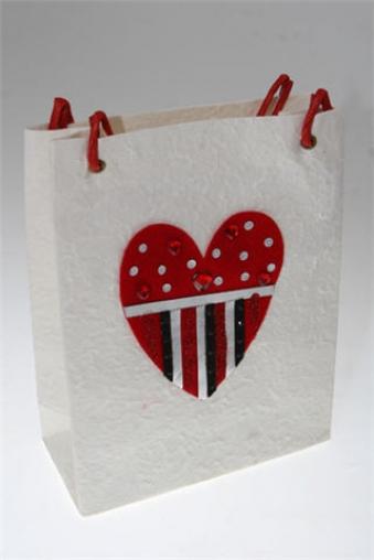 """Пакеты про Любовь Красный куб Пакет подарочный """"Сердце"""""""