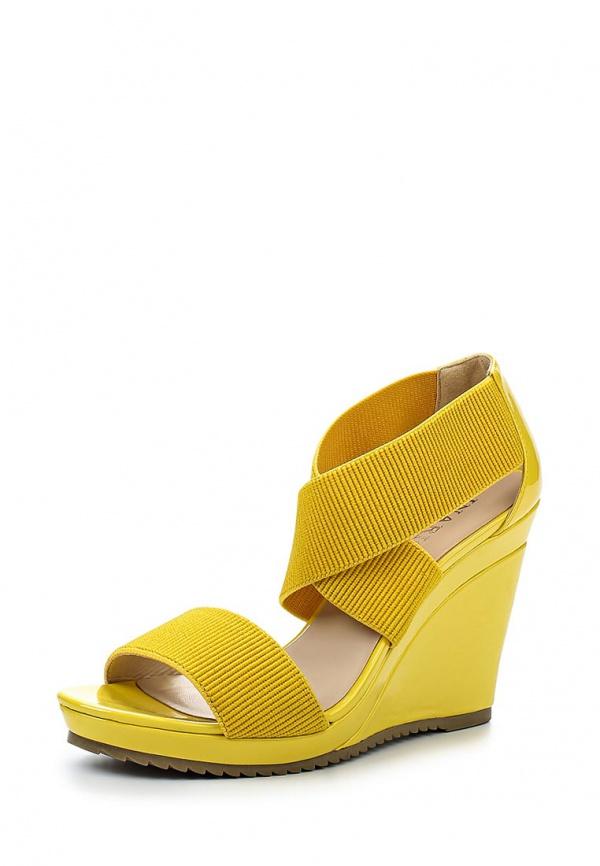 Босоножки Inario 15171-02-6 жёлтые
