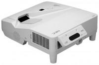 NEC UM330Xi