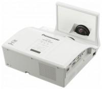 Panasonic PT-CW240