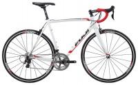 Fuji Bikes Roubaix 1.3 (2015)