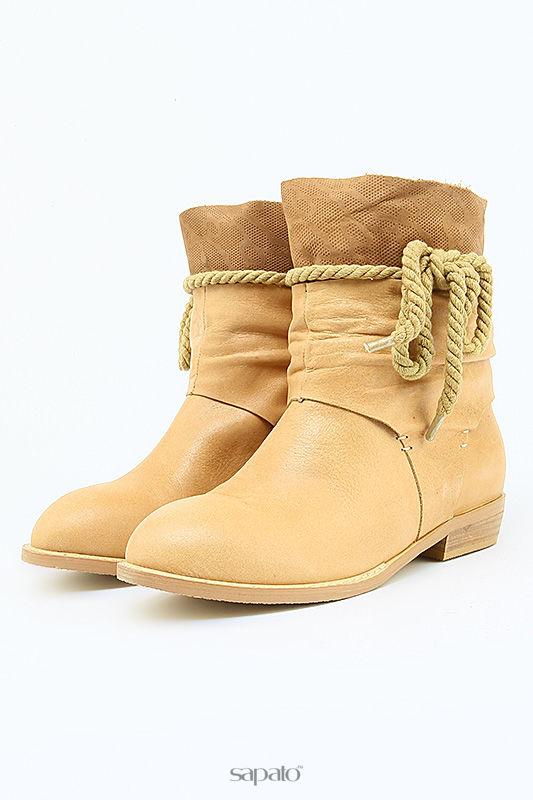 Ботинки Elegia Ботинки бежевые