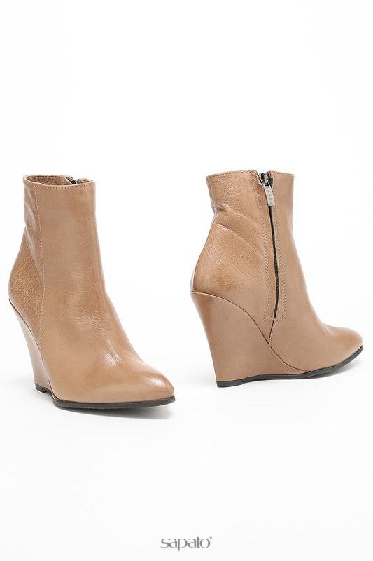 Ботинки Logan Ботинки бежевые